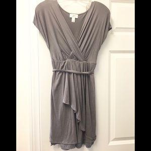 Gorgeous Ann Taylor Loft faux wrap dress 👗!